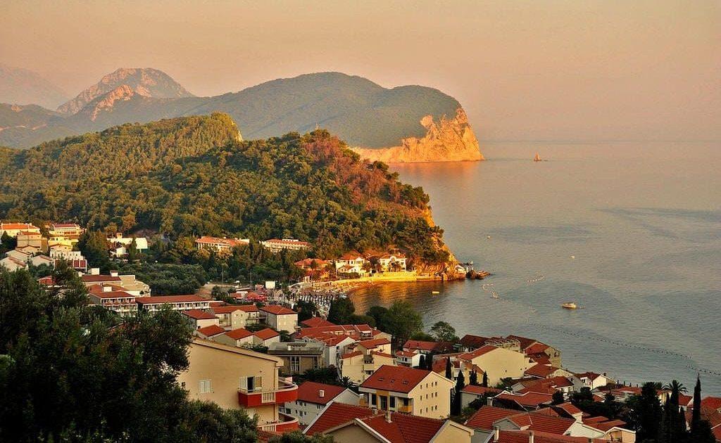 Черногория, Петровац -пляжи, отели