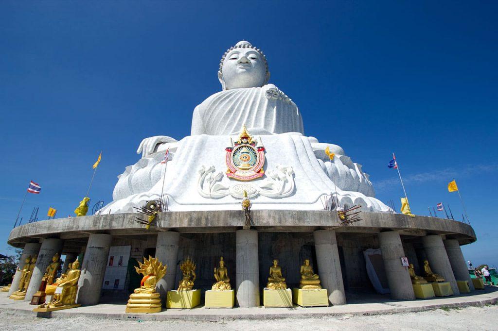 посетить храм большого Будды на Пхукете