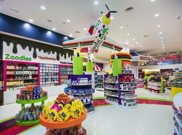 магазин сладостей в Дубай Молл