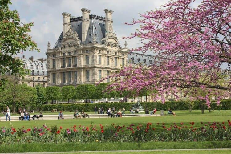 сад Тюильри - достопримечательность Парижа