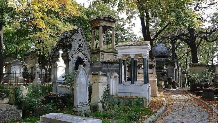 кладбище в Париже пер Лашез