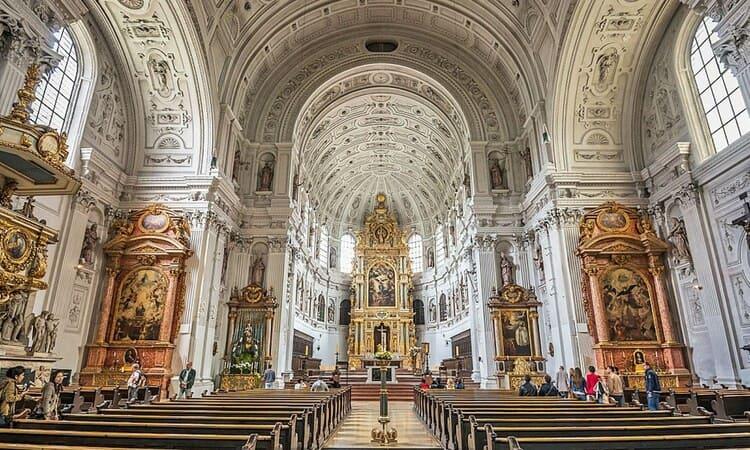 посмотреть церкви и храмы в Вене