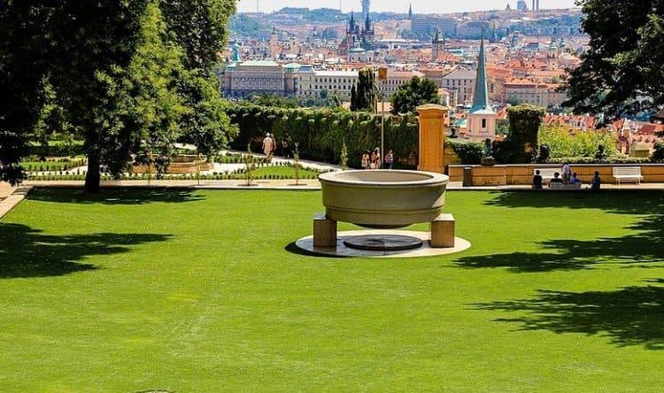 достопримечательности Королевского сада в Праге