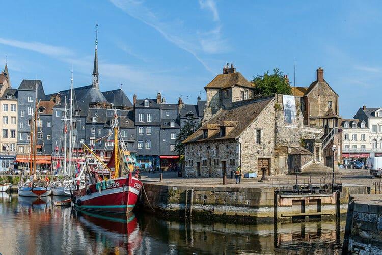 город Онфлер в Нормандии